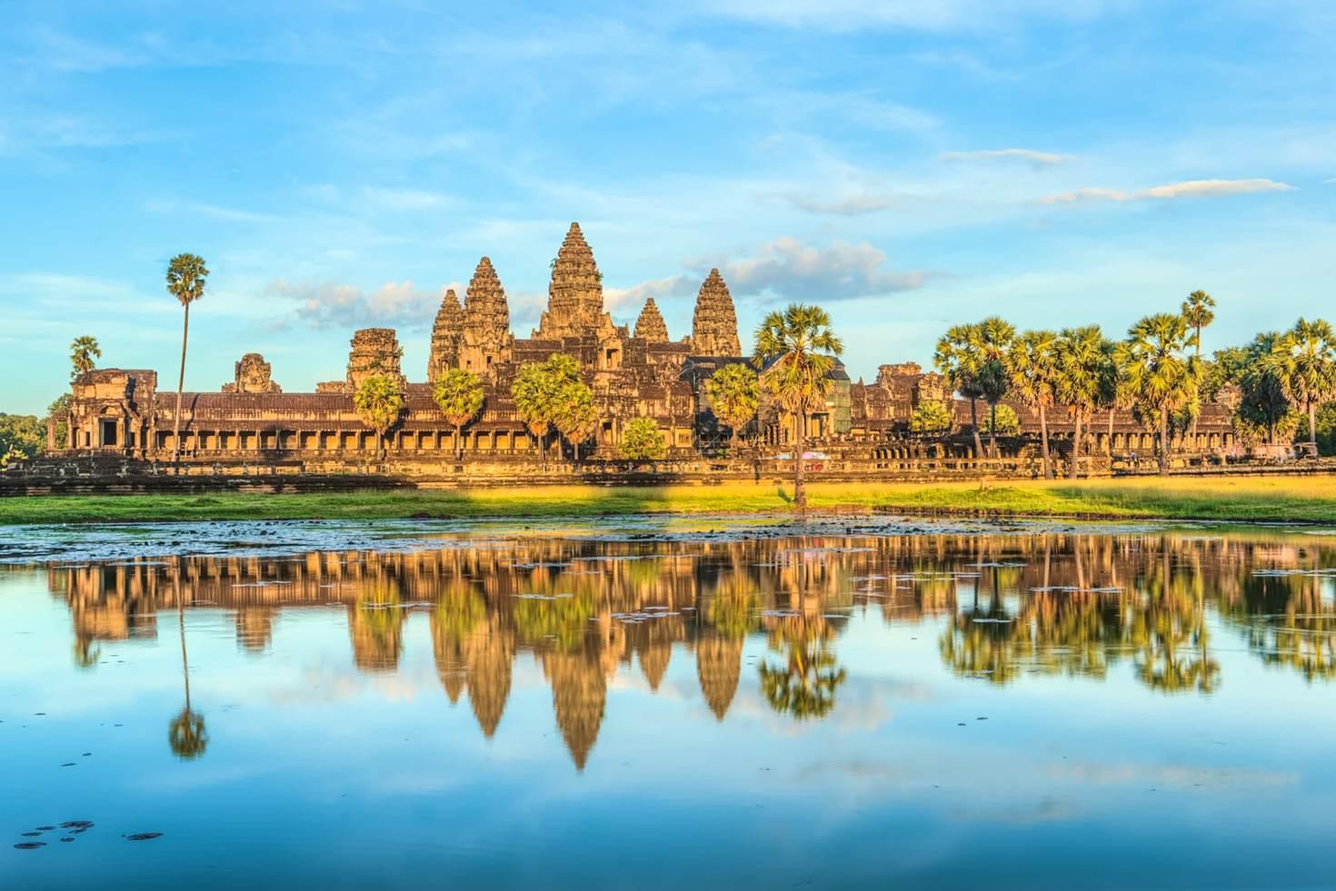 B Angkor Wat